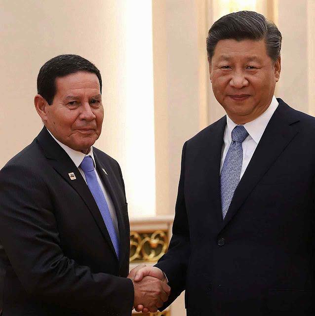 Xi Jinping diz a Mourão que China e Brasil devem se ver como oportunidade (Veja, 24.5.19)