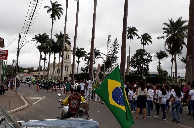 DESFILE 7 DE SETEMBRO AMARGOSA 2019 OUTRO OLHAR INFO
