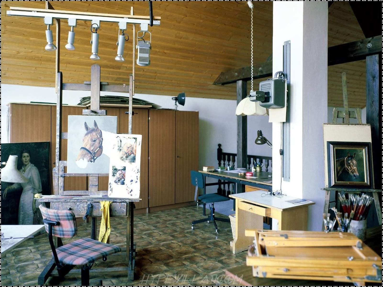 Home Design Ideas Construction: BEAUTIFUL ARTIST ROOM INTERIOR DESIGN IDEAS WITH PICTURE