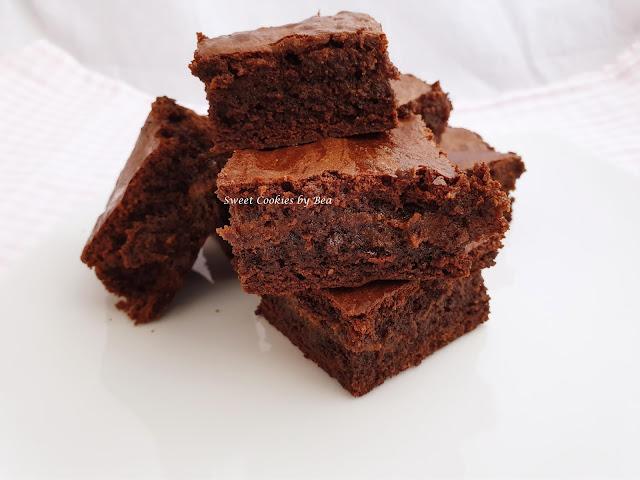 Super brownie semintegral con dulce de leche