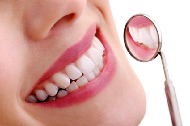Tips Perawatan Bagi Gigi Berlubang Agar Tidak Bau