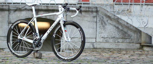 Video 2014 Trek Madone 7 Series Makes Debut At 2013 Tour De France