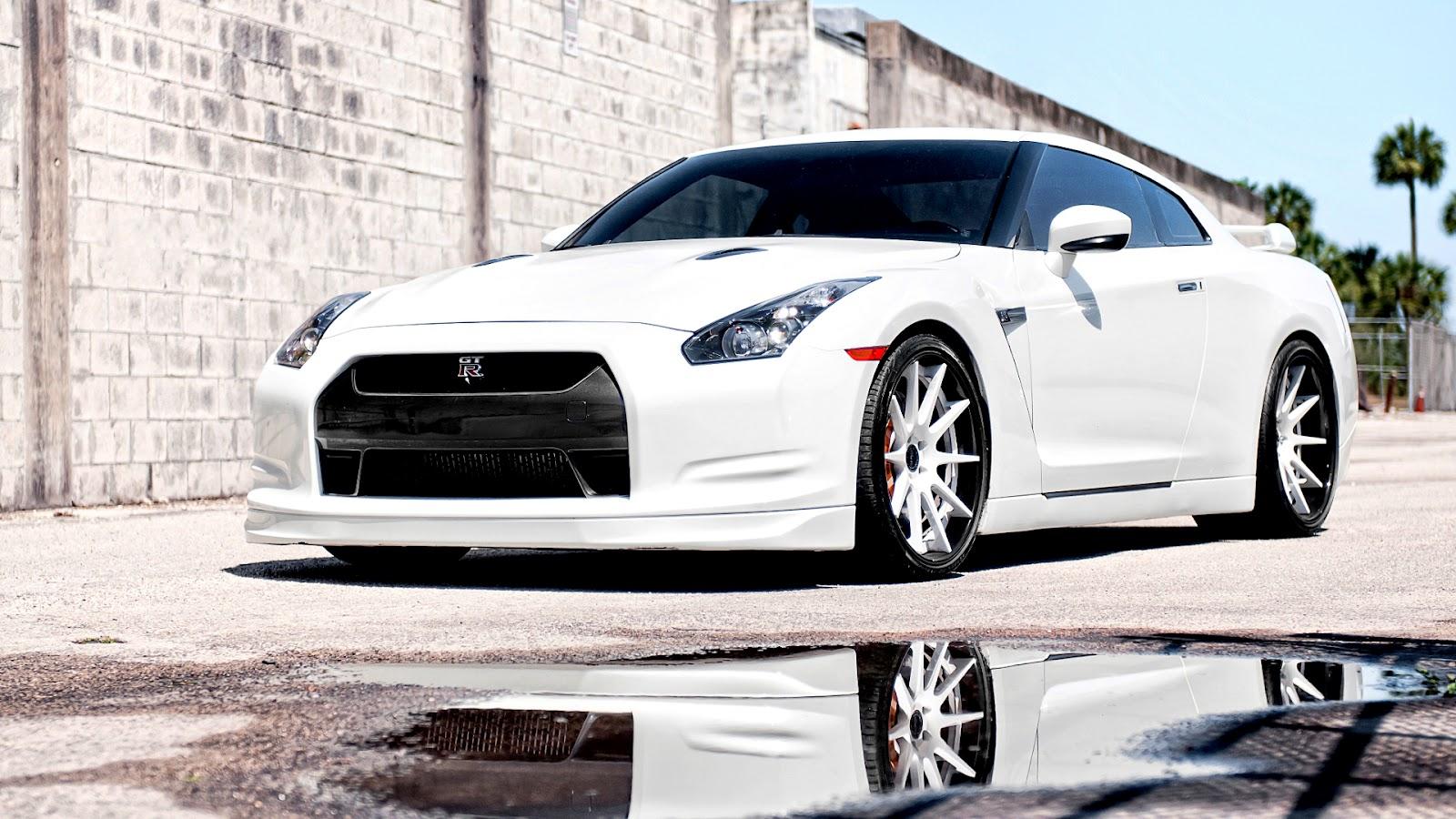 Free Cars HD: Nissan GTR HD Wallpapers