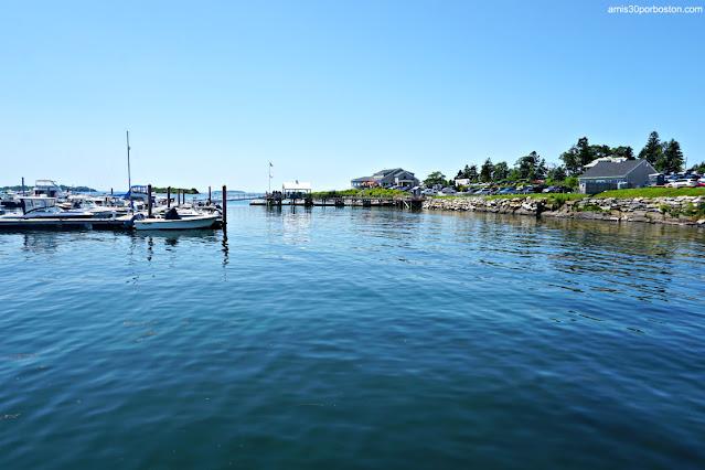 Dolphin Marina & Restaurant en Harpswell, Maine