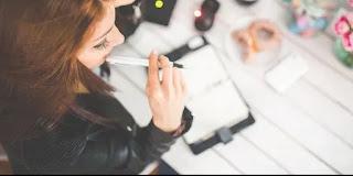 """ngeblog juga bisa jadi suatu """"pekerjaan"""" yang halal"""