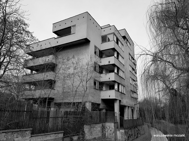 Warszawa Warsaw blok blokowisko ZSRR Rosjanie tajemniczy szpiegowo architektura architecture modernizm modernism