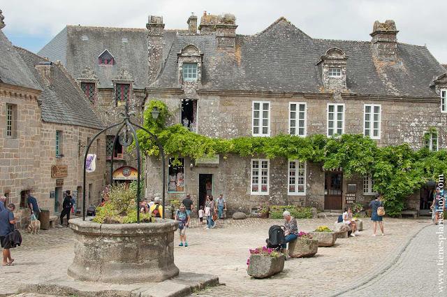 Locrona viaje Bretaña y Normandia turismo Francia