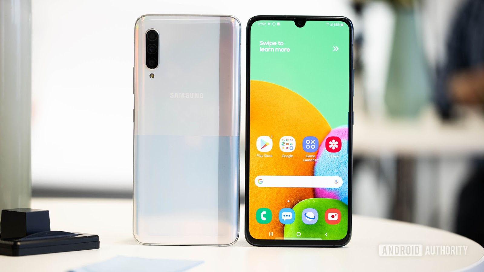 هاتف Samsung Galaxy A90