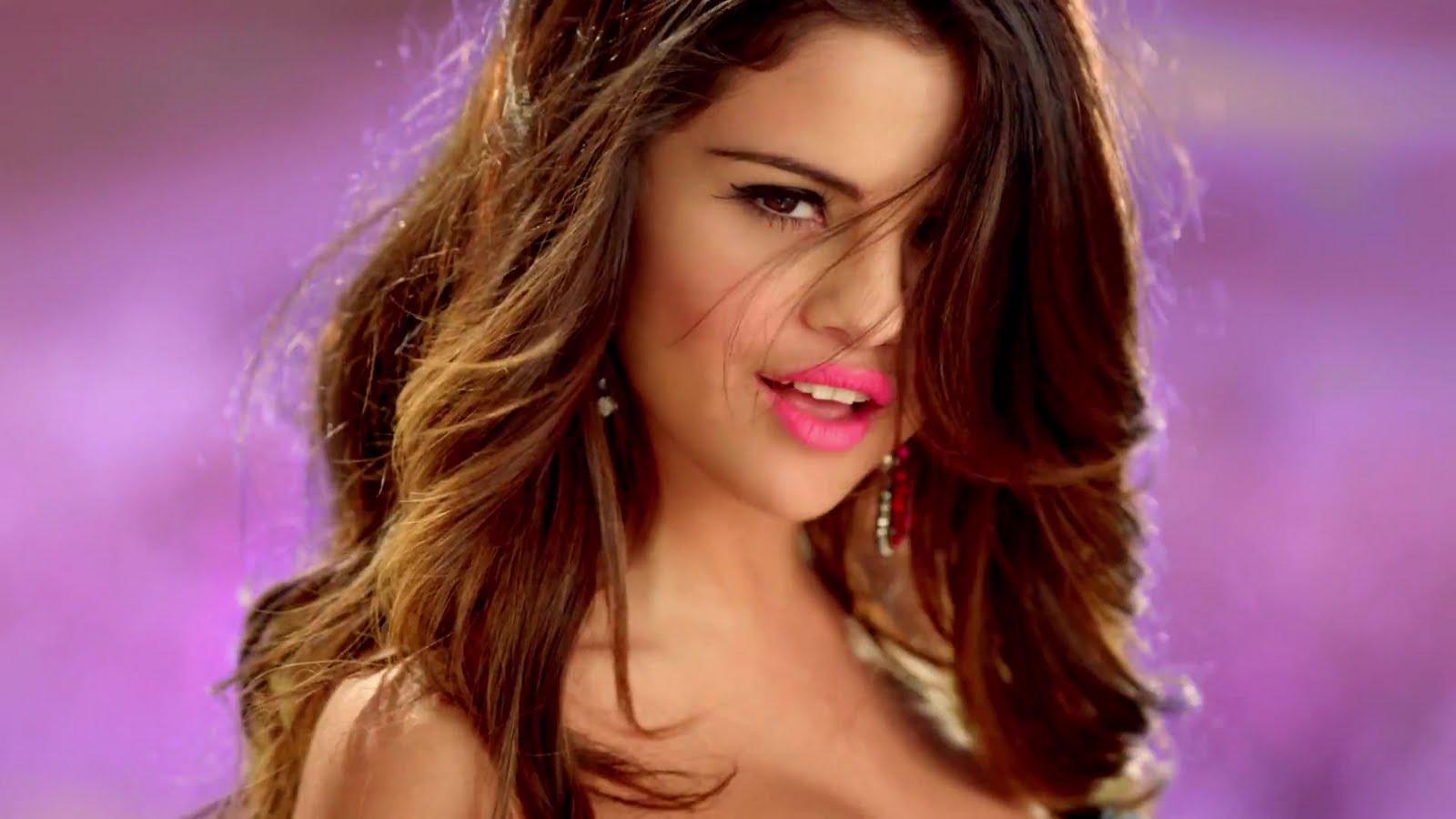 MIS POTINGADAS y más: Recopilación looks famosas | Selena ...