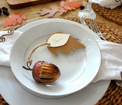 Fall Thanksgiving leaf place card