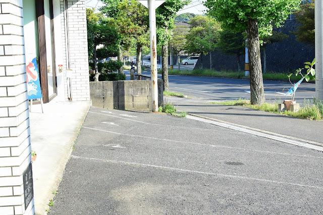ピサンリ駐車場