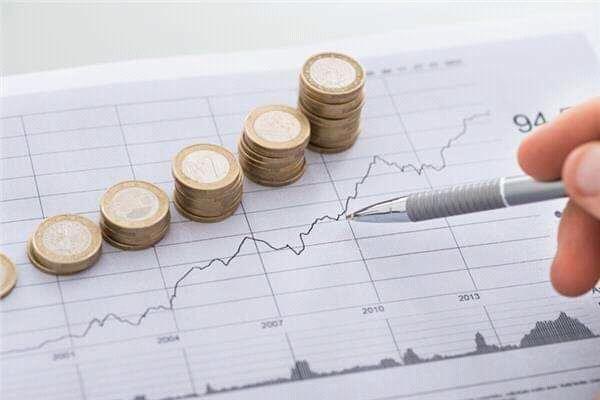 التضخم في مصر ينخفض إلى أدنى مستوي له خلال 14 عامًا