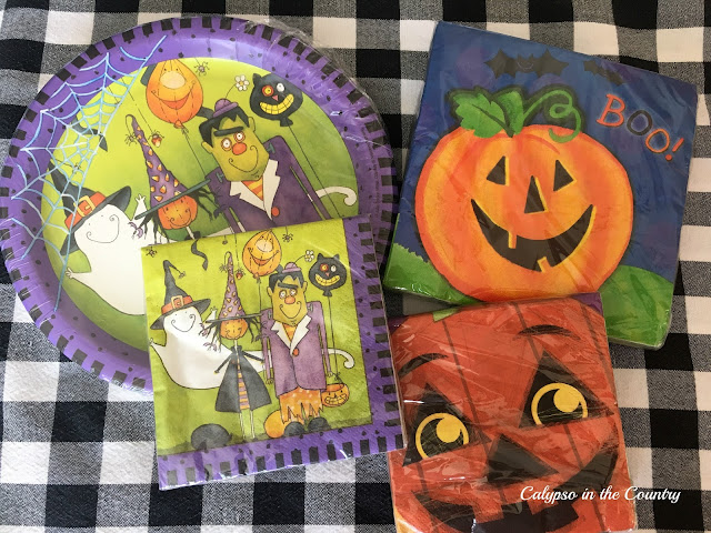 Halloween paper products - ideas to fill gift bags