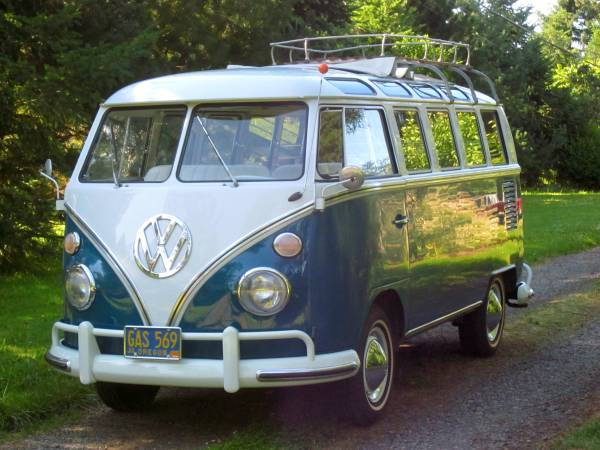 Outstanding Survivor VW 21 Window Bus