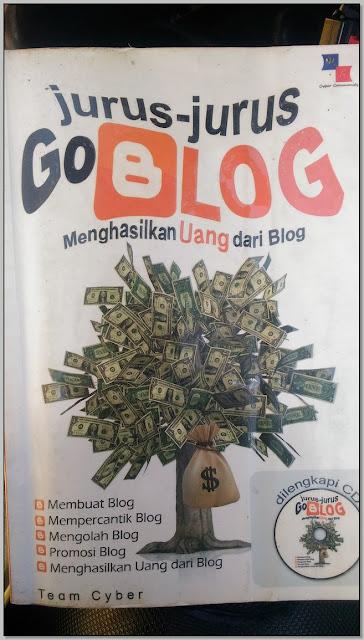 Resensi Buku Non Fiksi,  Menghasilkan Uang dari Blog