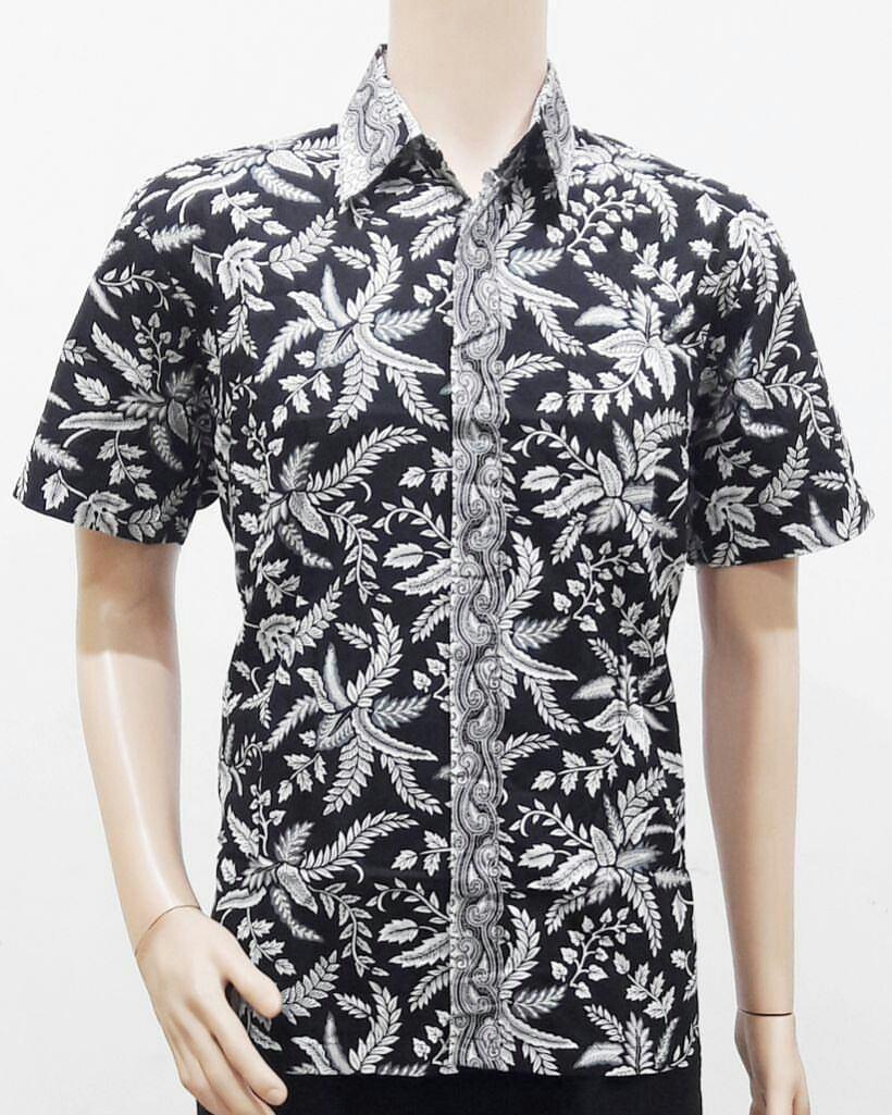 Model Baju Batik Pria Modern Motif Daun Hitam Putih