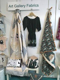 Art Gallery Fabrics Hantex stand CHSI