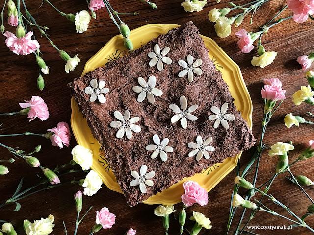 Mazurek czekoladowy na białkach