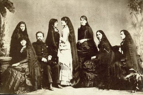 Kristin Holt | Sources of Victorian-era FALSE HAIR. Photograph of Seven Sutherland Sisters, from Pinterest.