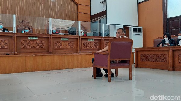 Jumhur Hidayat Dituntut 3 Tahun Bui di Kasus Berita Bohong