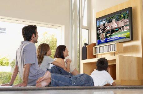 8 Dampak negatif menonton televisi untuk dewasa dan anak-anak