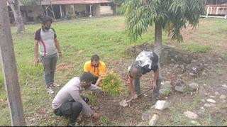 Polsek Baraka lakukan Penanaman pohon dalam rangka hari bayangkara
