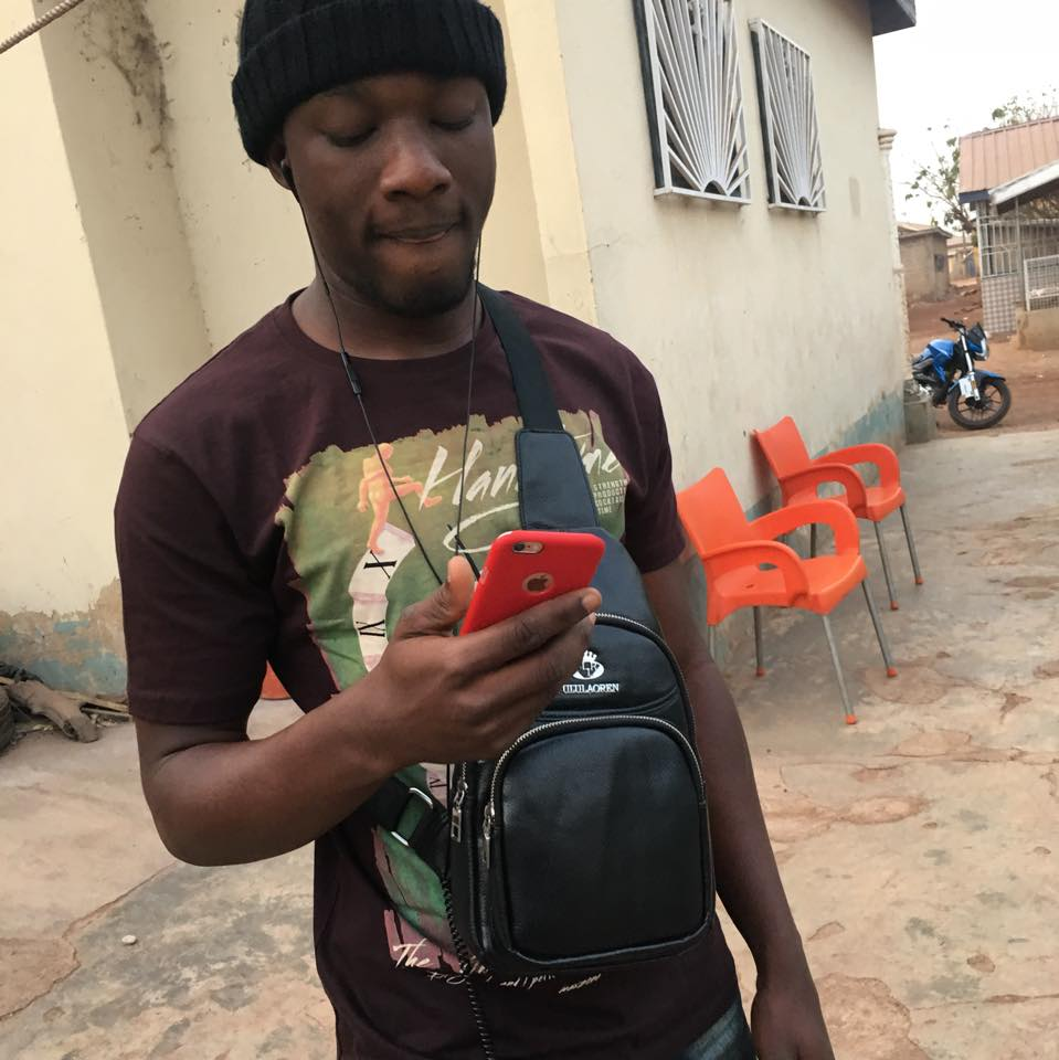 ScamHaters United Ltd: GHANA SCAMMER ABDUL BAKI    is a busy scammer