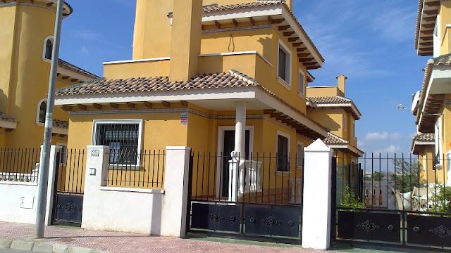 Villa junto al Parque Natural, en Rojales, Alicante