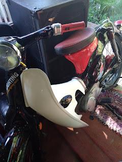 Sepeda motor Honda pisfot