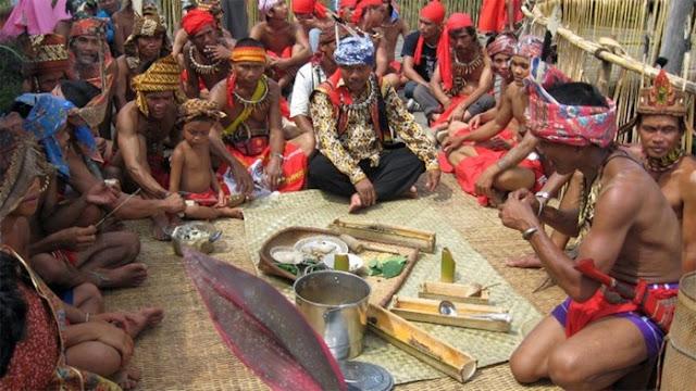Kekerabatan Suku Dayak Ambilineal
