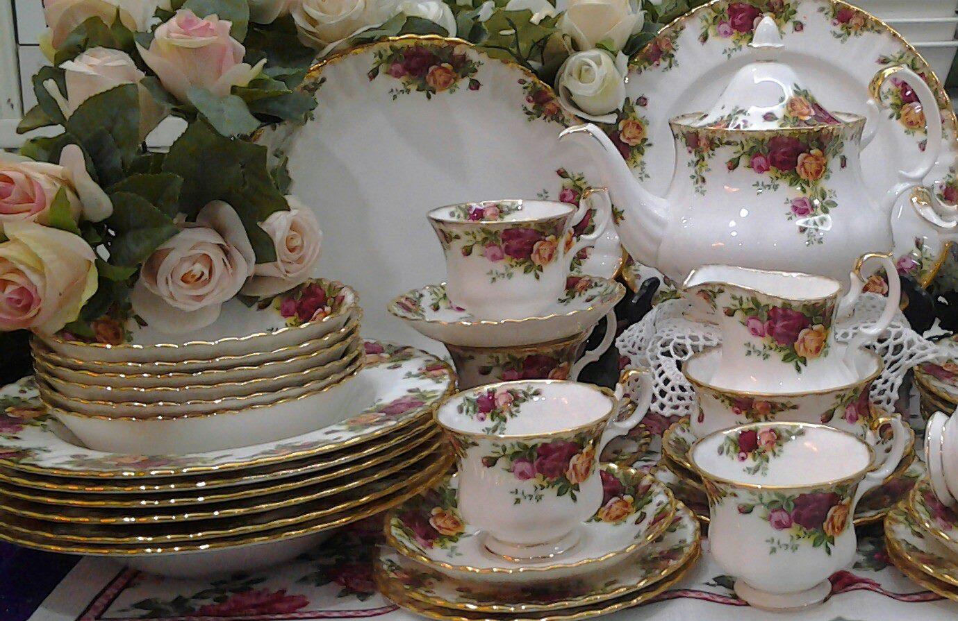 Lovely Treasures From English Garden Royal Albert Old