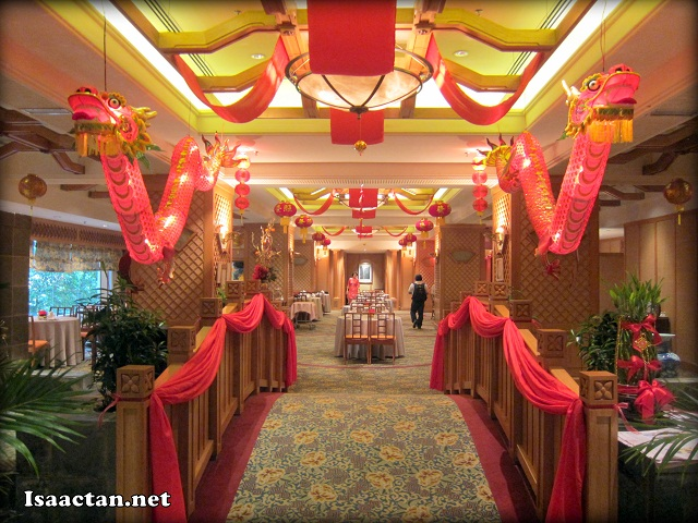The signature decor of The Emperor Restaurant Grand Dorsett Subang
