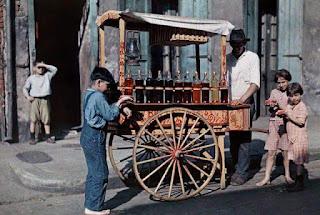 Vendedor jugolin casero año 1950. Calle Cuareim y Gardel