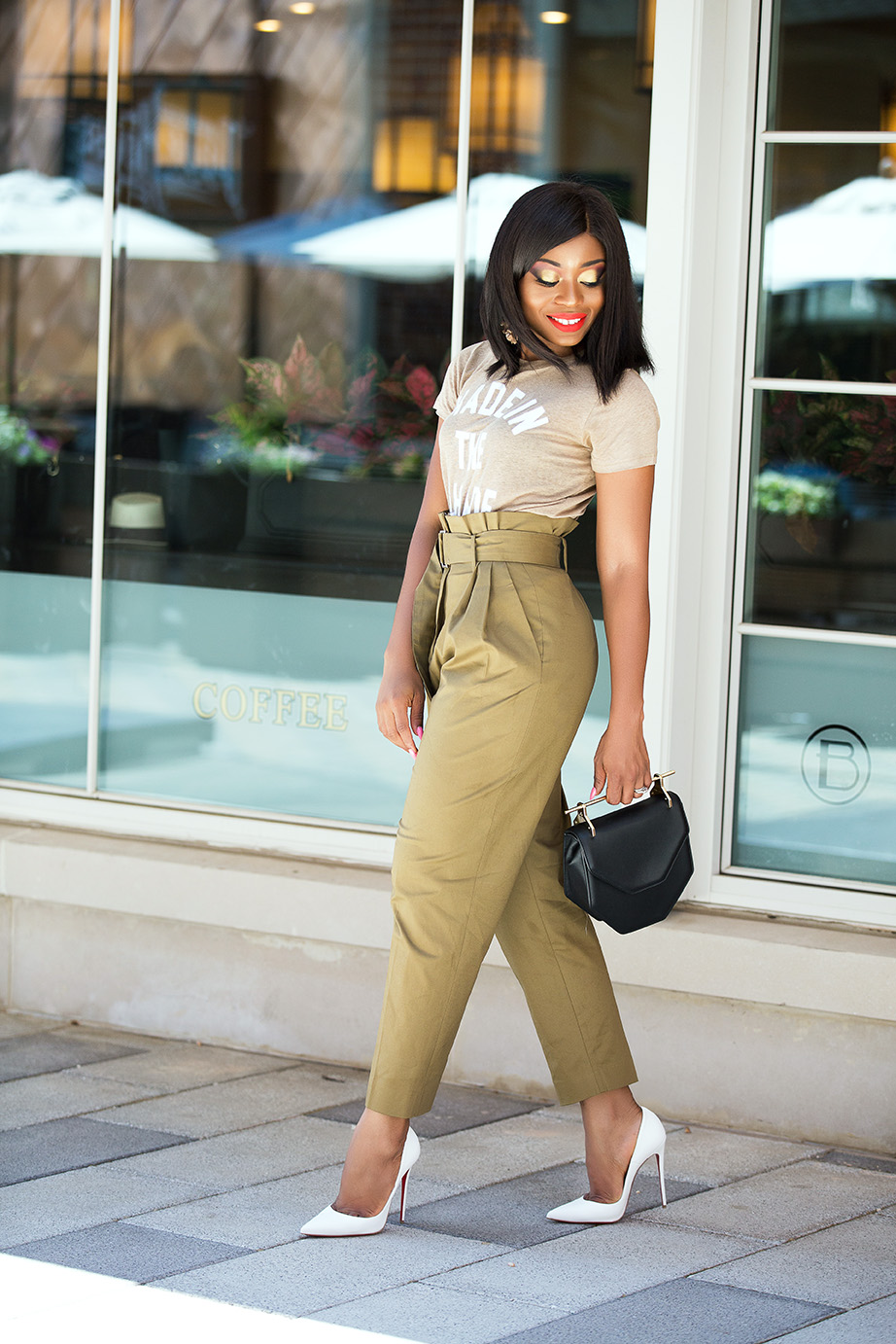 high-waist trouser, white pumps and graphic tee, www.jadore-fashion.com