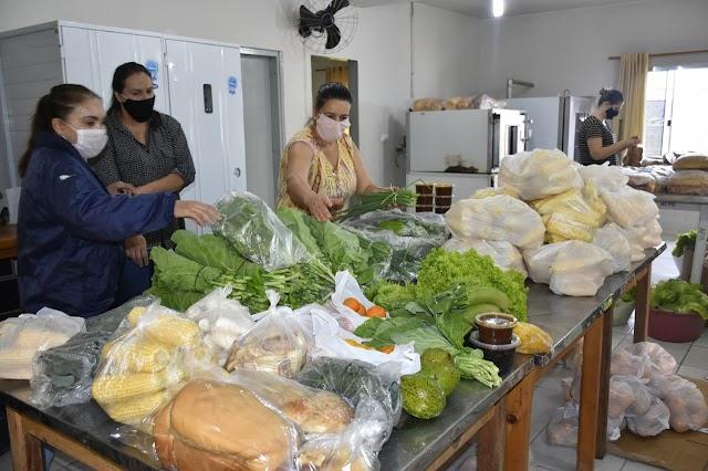 PNAE - Beneficia produtores e atende 150 famílias em Luiziana em 2020