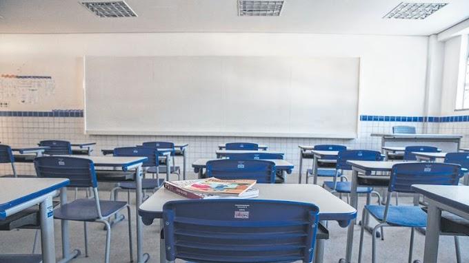 PODE VOLTAR TUDO: Rede estadual estuda retorno integral das aulas ao longo do próximo mês.