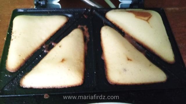 Kek vanila mudah, kek vanila sedap, kek vanila guna Sandwich Maker, cara mudah buat kek, kek guna sukatan cawan