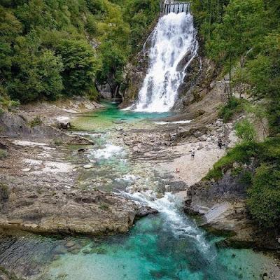 Le Cascate di Crosis a 2 passi da Tarcento. Luoghi da visitare per una gita o vacanza in Friuli.