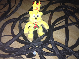 Pom Bear in some messed up Cables