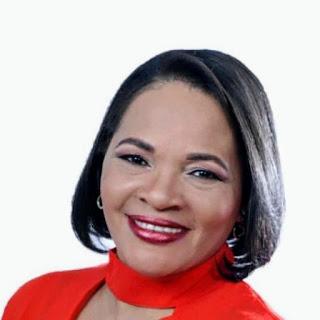 Dra. Adriana Mateo declina de sus aspiraciones como Diputada por el PLD en SDO
