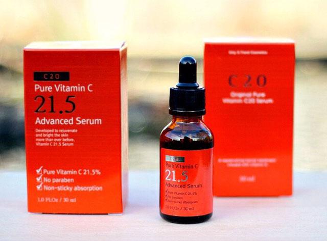 OST 20 và OST 21.5 là hai dòng serum Vitamin C giá rẻ, tuy nhiên tuổi thọ không cao do không chứa acid ferulic