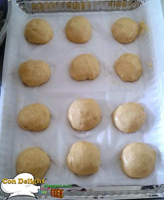 Kolach pastry balls