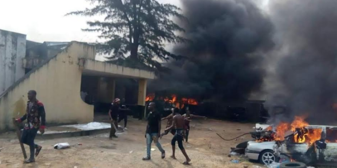One dies, station burnt as hoodlums, security agents clash