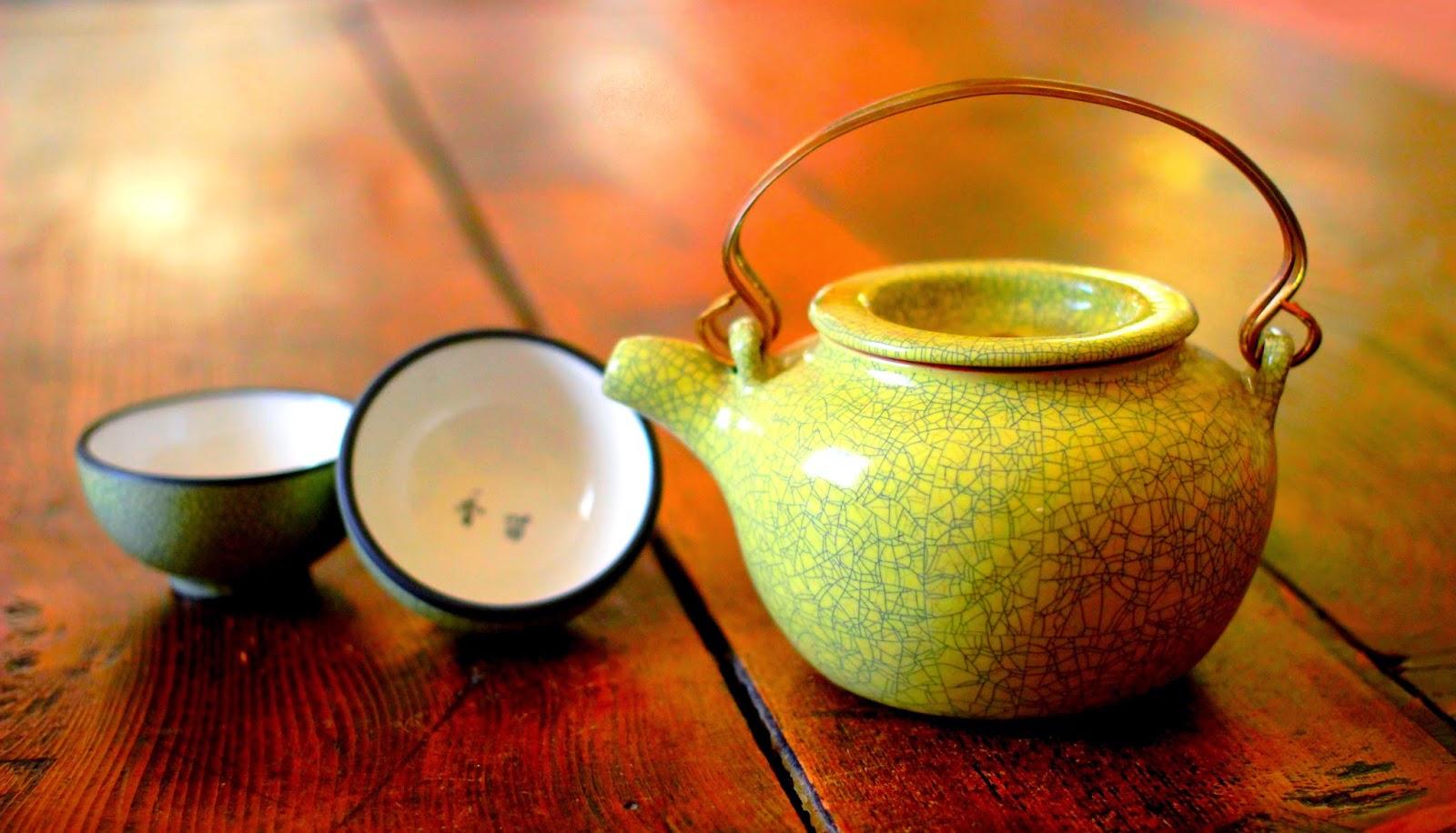 Théiere pékinoise et ses tasses