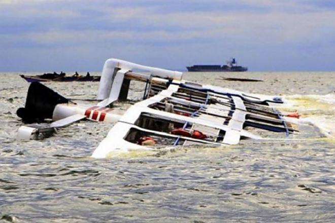 Dihantam Ombak, Kapal Tenggelam di Teluk Bone, Rugi Hingga 3,5 M