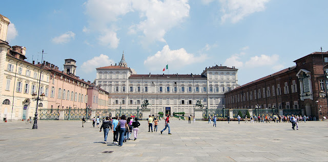 cosa-vedere-a-Torino-Piazza-Castello