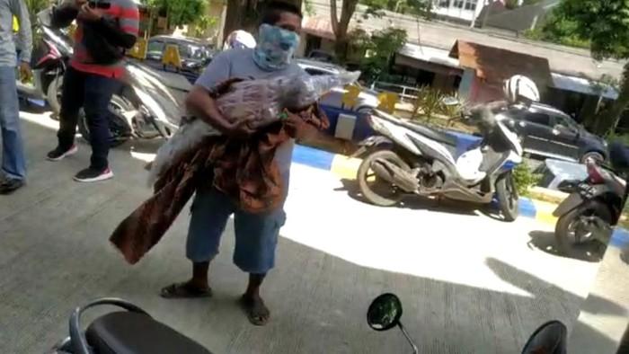 Miris! Ortu Bawa Paksa Jenazah Anaknya yang Reaktif COVID karena Tak Sabar Tunggu Hasil Swab