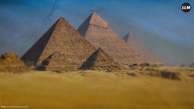 Elon Musk: Piramida Buatan Alien