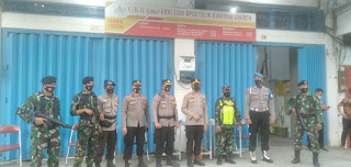 Wujudkan Kamtibmas, Polres Pelabuhan Makassar bersama TNI Beri Pengamanan Gereja