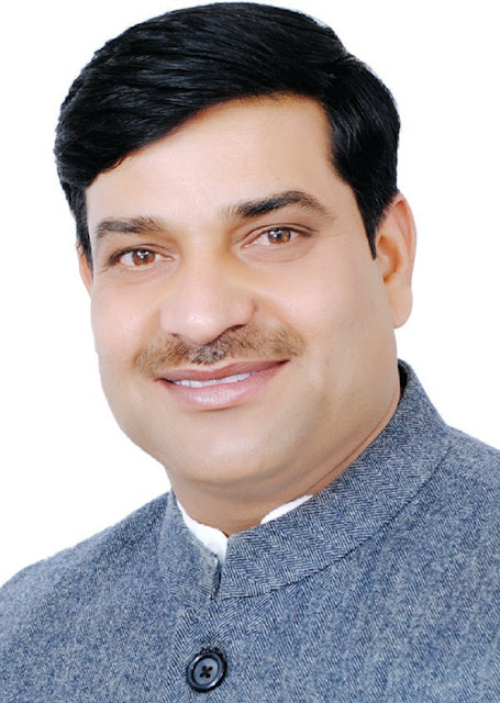 Congratulations to the new year on behalf of the Congress leader Balikishan Vashisht
